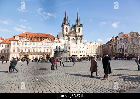 Czech Republic, Prague. People in Old Town Square. Credit as: Wendy Kaveney / Jaynes Gallery / DanitaDelimont.com - Stock Image