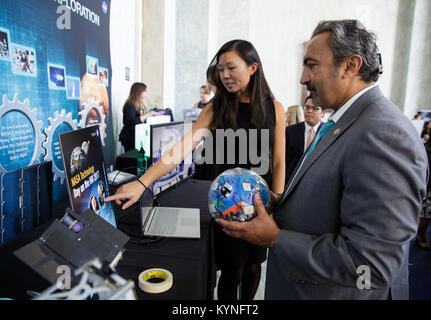 Rep. Ami Bera, D-Cali., views an exhibit at NASA's Tech Day on the Hill,  Thursday, June 15, 2017, in the Rayburn - Stock Image