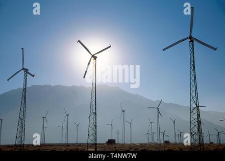 California Palm Springs energy farm high tech windmill - Stock Image