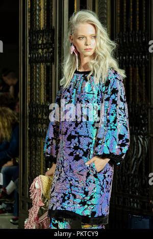 London, UK. 14 September 2018.  Ashley Isham by during Fashion Scout SS19. Credit: Marcin Libera Fashion Scout, the international showcase for fashion pioneers, is the UK's largest independent showcase for emerging and established design talent during London Fashion Week. Credit: Marcin Libera/Alamy Live News - Stock Image