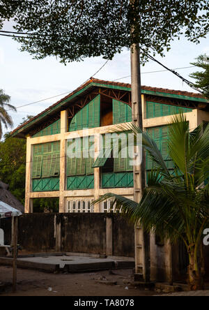 Old french colonial building formerly the customs house in the UNESCO world heritage area, Sud-Comoé, Grand-Bassam, Ivory Coast - Stock Image
