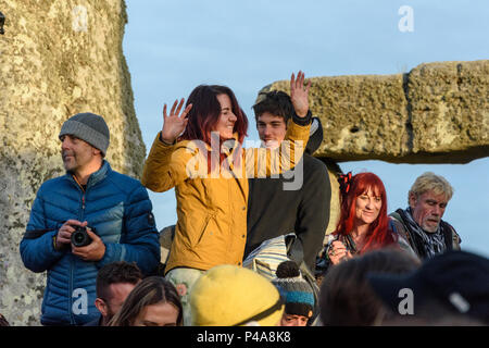 Stonehenge, Amesbury, UK, 21st June 2018,   Woman dancing to drums inside the stone circle at the summer solstice  Credit: Estelle Bowden/Alamy Live News. - Stock Image