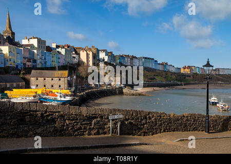 Tenby harbor in Carmarthen Bay, Pembrokeshire, south Wales in the United Kingdom. - Stock Image