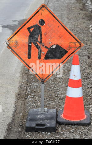Men at work street sign in Quebec Canada. - Stock Image