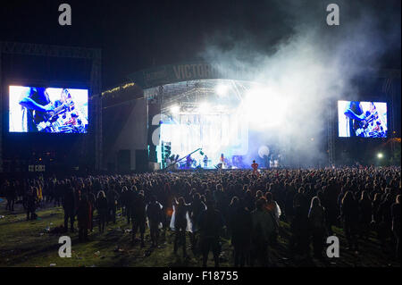Portsmouth, UK. 29th August 2015. Victorious Festival - Saturday. A general view of the Common Stage with large - Stock Image
