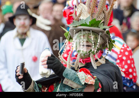 Wantage, UK. 26 Dec 2016. The character of Jack Vinney played in a traditional Mummers Folk Play performed annually - Stock Image