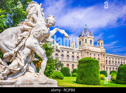 Vienna, Austria. Beautiful view of famous Naturhistorisches Museum (Natural History Museum) with park Maria-Theresien-Platz and sculpture in Vienna, A - Stock Image
