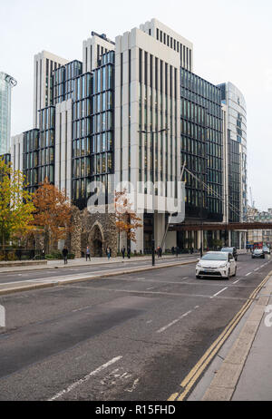 Schroders London headquarters in the recently completed new offices building at 2, London Wall Place, City of London, England, UK - Stock Image