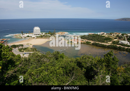 Beacon Island Hotel, Beacon Island and Plettenburg Bay, Western Cape Province, South Africa. - Stock Image