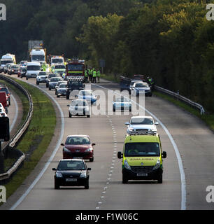 M3, Hampshire, UK. 7th September, 2015.  Hampshire Police  are investigating a fatal road traffic collision which - Stock Image