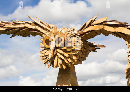 Owl sculpture  by Geoff Whitley, woodcarver, on his stand at the Lancashire Game and Country Festival 2015, Scorton, - Stock Image