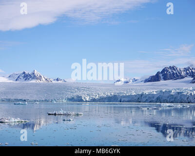 Krossfjorden is a 30km long fjord on the west coast of the Spitsbergen archipelago Svalbard Norway - Stock Image