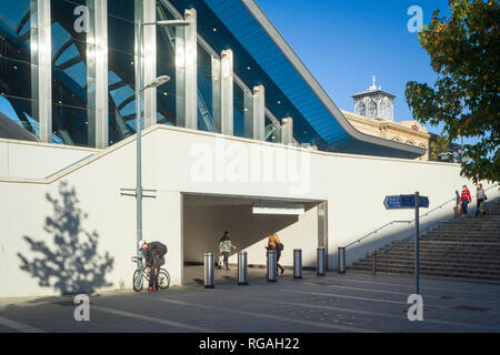 Reading Railway Station, old and new, - Stock Image