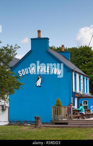 Ireland, County Kerry, Dingle Peninsula, Annascaul, South Pole Inn, former pub owned by Arctic Explorer Tom Crean - Stock Image