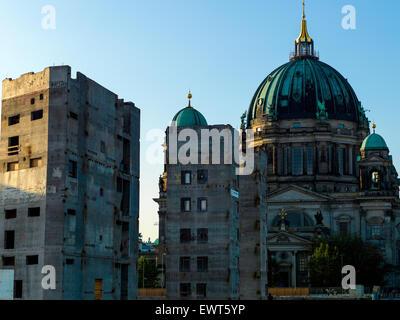 Rest of the demolished Palast der Republik in Berlin, the former GDR Volkskammer.  Rotten framework visible. Digital - Stock Image