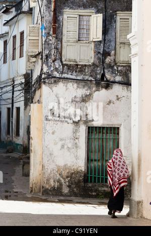 Street scene in Stone Town, Zanzibar - Stock Image