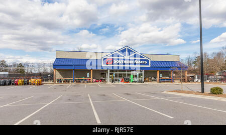 CONOVER, NC, USA-2/5/19: A Southern States Farm equipment supplier. - Stock Image