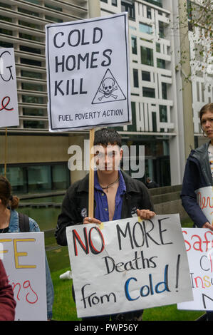 London, UK. 17th October 2018. A protest outside the Ministry of Housing, Communities and Local Government by residents living in tower blocks covered in Grenfell-style cladding, Fuel Poverty Action, and Grenfell campaigners demands that the government make all tower-block homes safe and warm. Credit: Peter Marshall/Alamy Live News - Stock Image