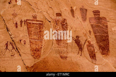 Horseshoe Canyon Pictographs, Canyonlands National Park - Utah - Stock Image