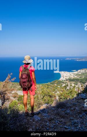 Greece, Samos island, hiking between Vourliotes and Kokkari, panorama over Kokkari bay - Stock Image