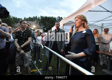 Prague, Czech Republic. 20th June, 2019. Slovak President Zuzana Caputova, right, can understand the people who protest in the Czech Republic against Prime Minister Andrej Babis (ANO) and for independent judiciary, she said at a concert held on the occasion of her official visit in Prague, Czech Republic, on June 20, 2019. Credit: Vit Simanek/CTK Photo/Alamy Live News - Stock Image