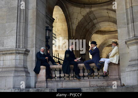 Paris, France, Opera Garnier August 2018. Actors filming a period movie. Palais Garnier. - Stock Image