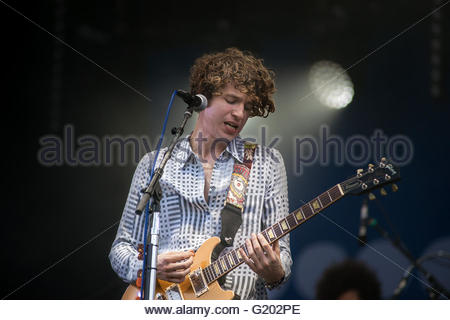 Luke Pritchard singer of rock band The Kooks performing live - Stock Image