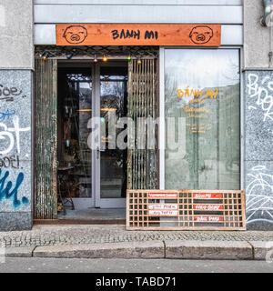 Berlin,Mitte. Bahn Mi Vietnamese Sandwich Shop exterior - Stock Image
