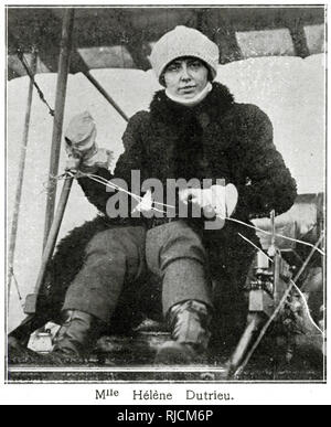 Hélène Dutrieu (1877- 1961), Belgian cycling world champion, stunt cyclist, stunt motorcyclist, automobile racer, stunt driver, pioneer aviator, wartime ambulance driver, and director of a military hospital - Stock Image
