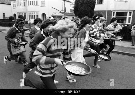 Wainbody Avenue pancake race. 23rd February 1982. - Stock Image