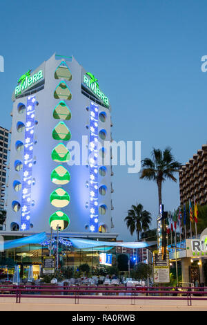 The Riviera Hotel at dusk in the New Town, Benidorm, Alicante Province, Spain. - Stock Image
