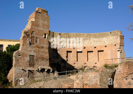 italy, rome, colle oppio (oppian hill), southwestern exedra of the baths of trajan - Stock Image
