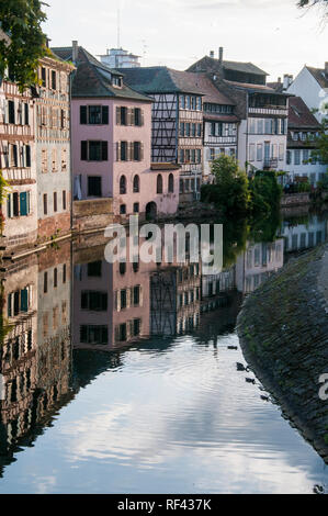 Canalside houses in Petite France, Strasbourg, Alsace, France - Stock Image
