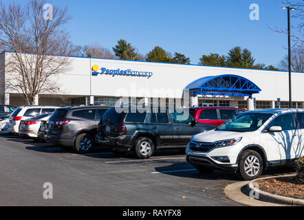 NEWTON, NC, USA-12/26/18: Peoples Bancorp is a financial holding company,  operating through its subsidiary, Peoples Bank. - Stock Image