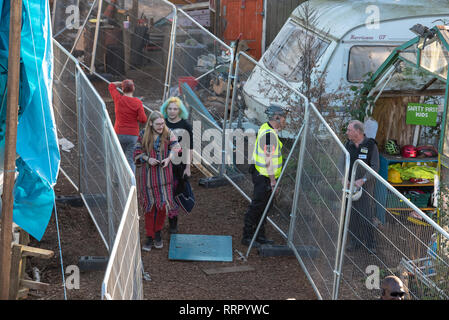 London, United Kingdom. 26 February 2019. Members of protest group 'Grow Heathrow' are being evicted from land in Sipson Village, Hillingdon, the group have been occupying the site for eight years protesting the expansion of Heathrow Airport. The site is split into two areas, protesters have been forced to move to the rear section of the site. Credit: Peter Manning/Alamy Live News - Stock Image