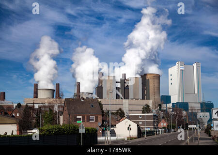 Brown coal power plant of the company RWE Power in Niederaussem - Stock Image