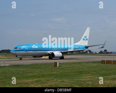 PH-BXH KLM Royal Dutch Airlines Boeing 737-8K2(WL) - cn 29597 1 - Stock Image