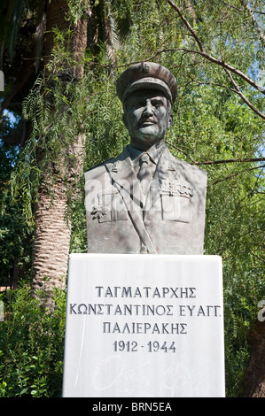 Bust of soldier in Retyhmno park Crete Greece - Stock Image