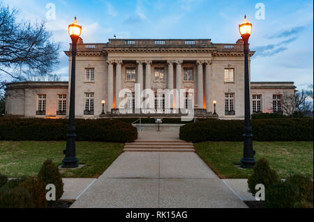 Kentucky Governors Mansion in Frankfort Kentucky Designed in the Beaux-Arts style; inspiration for the mansion came from French architecture. - Stock Image