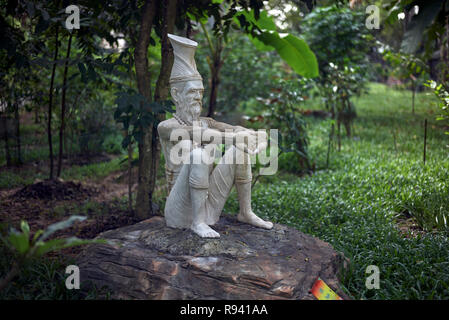 Statues of Reusi Dat Ton exercise which is a stretching exercise in Thai traditional medical style to enhance well being for both the body and mind. - Stock Image