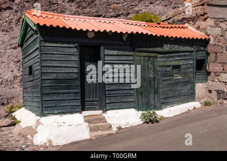 Colourful old wooden shed at Puerto de Aldea, Gran Canaria, Canary Islands - Stock Image