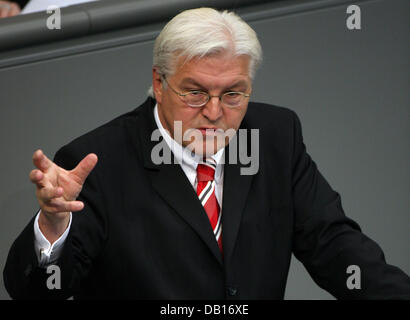 German Foreign Minister Frank-Walter Steinmeier delivers a speech at the Bundestag's plenar hall in Berlin, - Stock Image
