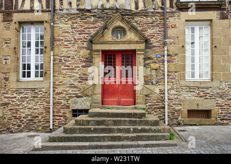 A doorway and steps leading up in Rennes, the capital of Brittany, France - Stock Image