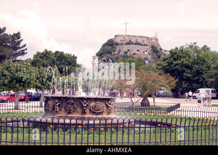 Fountain in the Spianada, in front of the Old Fortress, Kerkyra, Corfu, Greece, Europe, - Stock Image