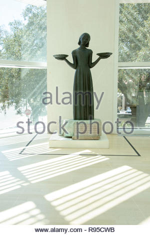 Bird Girl Statue, Telfair Museum, Jepson Center, Savannah, Georgia - Stock Image