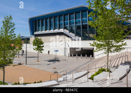 The striking modern architecture of the new Reading Station, designed for CrossRail - Stock Image