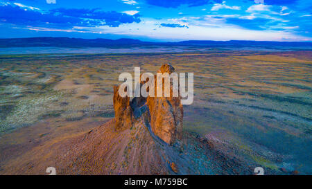 The Boars Tusk, Red Desert area near Rock Springs, Wyoming - Stock Image