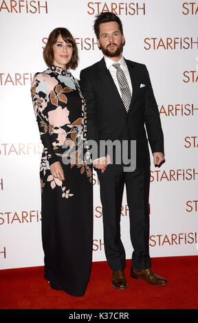 Photo Must Be Credited ©Alpha Press 078237 27/10/2016 Lizzy Caplan and Tom Riley  at the UK film premiere of Starfish held at The Curzon Mayfair in London. - Stock Image