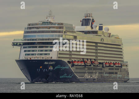 brand-new cruiseship Mein Schiff 2 arrives at Kiel - Stock Image