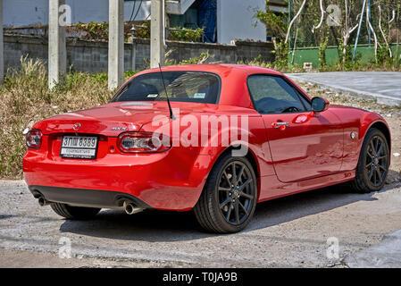 Mazda MX-5 red sportscar 2 door coupe - Stock Image